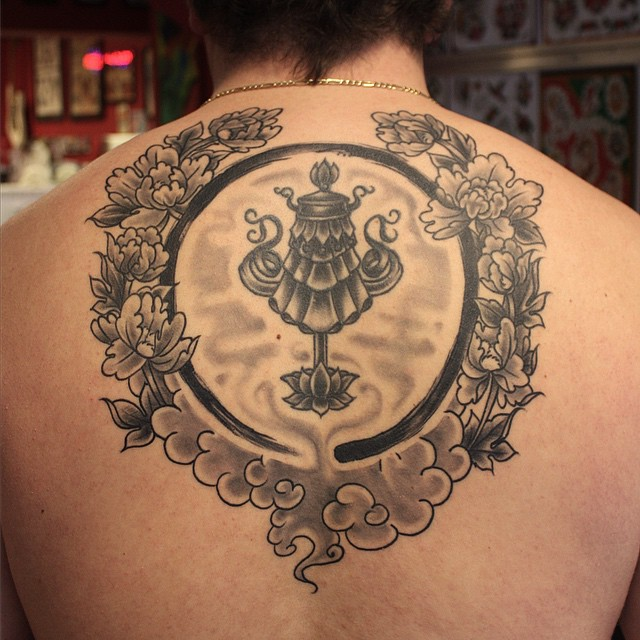 Healed one from a couple of weeks back.#tattoo #tattoos #healedtattoo #healed #blackandgrey #greywash #magictattoo #magictattoostudio #utrecht