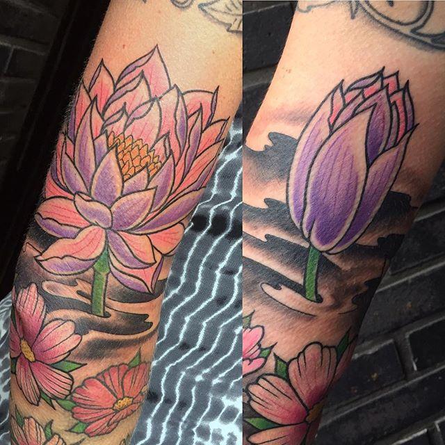 Lotus tattoo from  2 weeks ago! Thnxs Petra! #lotus #lotustattoo #colortattoo #tattoos #tattoo #magictattoo #magictattoostudio #utrecht
