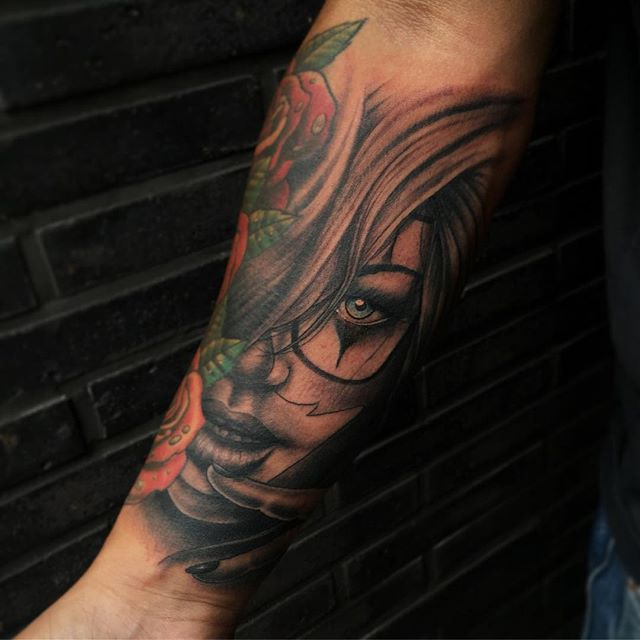 Thnxs Damian! Tot snel! #tattoos #tattoo #girlface #girlfacetattoo #blackandgrey #greywash #magictattoostudio #magictattoo #utrecht